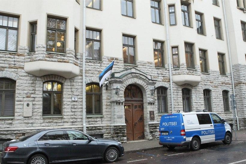 3,9 MILJONIT: tühjaks jäänud ministeeriumihooned loodetakse maha müüa