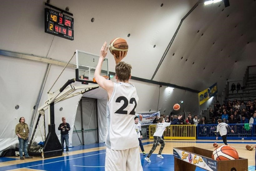 VINGE! Eesti noorkorvpallur on kõrgetasemelisel turniiril suurepärases hoos