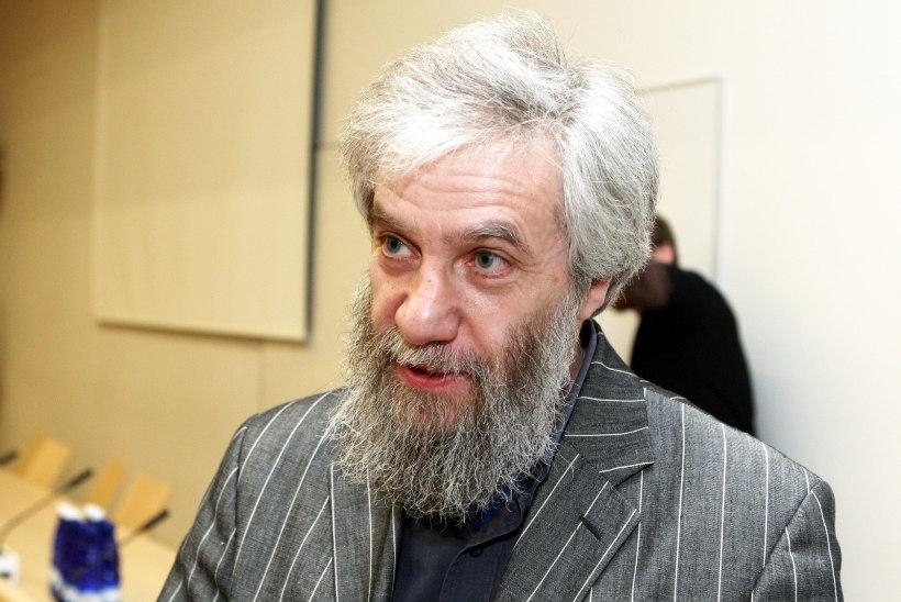Mihhail Lotman: tekitab nördimust, et kõik telepaketid sisaldavad tasuta Venemaa kanaleid
