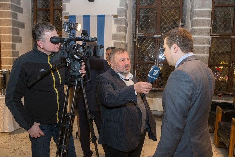 GALERII | Mihhail Kõlvart võõrustas vene jõulude puhul Raekojas vene suursaadikut ja teisi vene kogukonna esindajaid