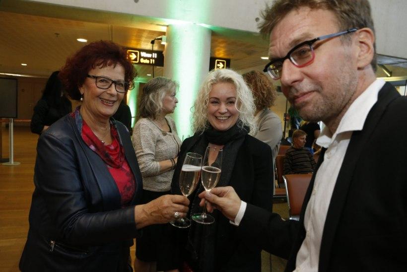 GALERII JA NIMEKIRI: selgusid 2018. aasta muusikapreemiate laureaadid