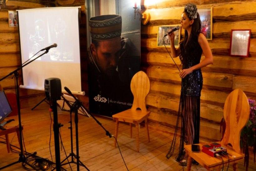 Kõrgtehnoloogiline saavutus: Laura Põldvere musitseeris koos bändiga korraga nii Tallinnas kui Värskas!