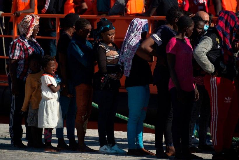 Hispaania rannavalve päästis nädalavahetusel ligi 700 migranti