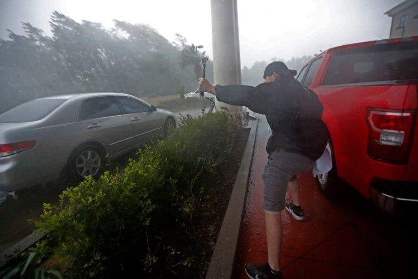 FOTOD | Orkaan Michael jõudis Florida rannikule