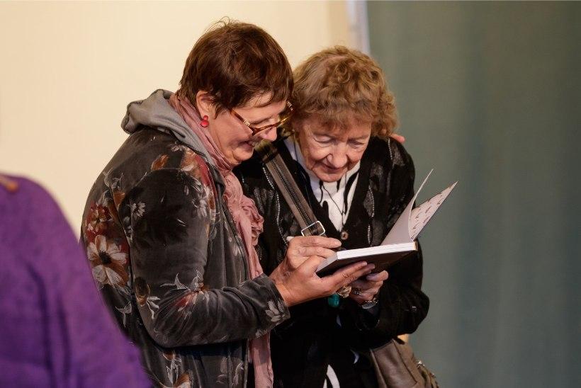 GALERII | Peeter Volkonski ema Helvi Jürisson esitles uut raamatut