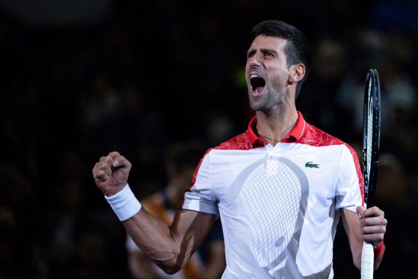 Kolmandat turniiri järjest võidutsenud Djokovic püsib hooaja lõpus hullumeelses hoos