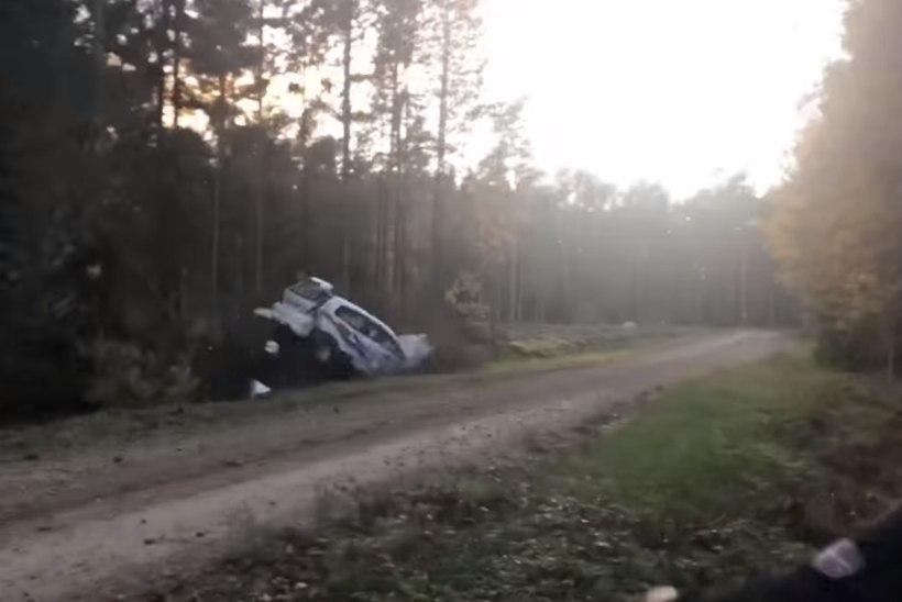 HIRMUS VIDEO | Saaremaa rallil lendas masin kaks korda üle katuse