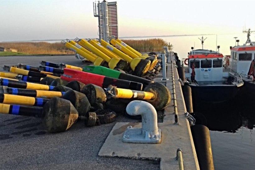 Tänavune sisevete navigatsioonihooaeg on lõppenud – Veeteede Amet alustas siseveekogude hooajaliste ujuvmärkide väljavõtmist