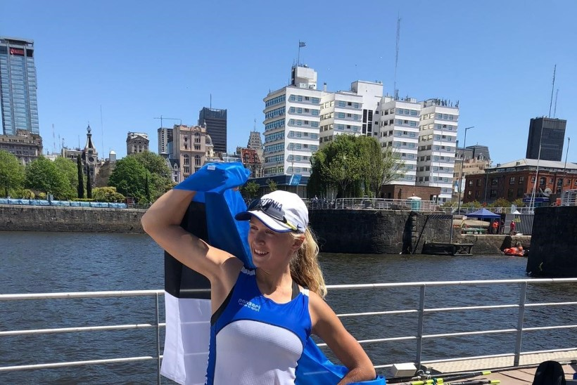 Noorte olümpia lõputseremoonial kannab Eesti lippu Greta Jaanson