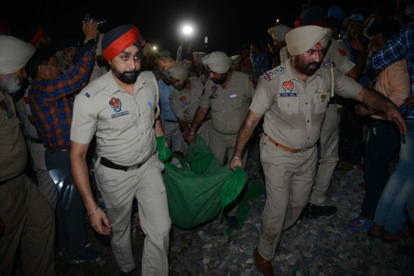 India rongiõnnetuses hukkus üle 50 inimese