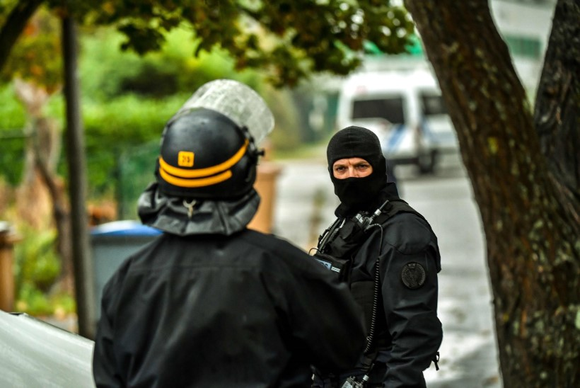 FOTOD | Prantsusmaal viiakse läbi ulatuslikku terrorismivastast operatsiooni