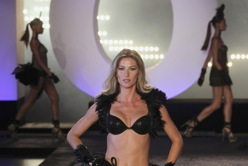 Supermodell käis salaja rindu suurendamas, kuid sattus ahastusse
