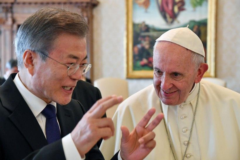 Paavst Franciscus kaalub Põhja-Korea külastamist