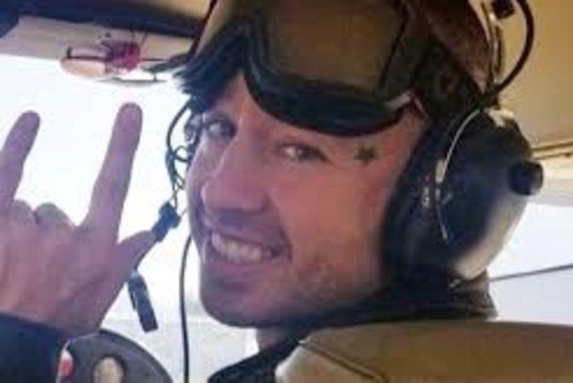 Lennukitiival videot filminud räppar kukkus surnuks