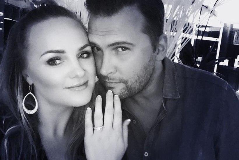 Oli ka aeg! Koit Toome ja Kaia Triisa kihlusid!