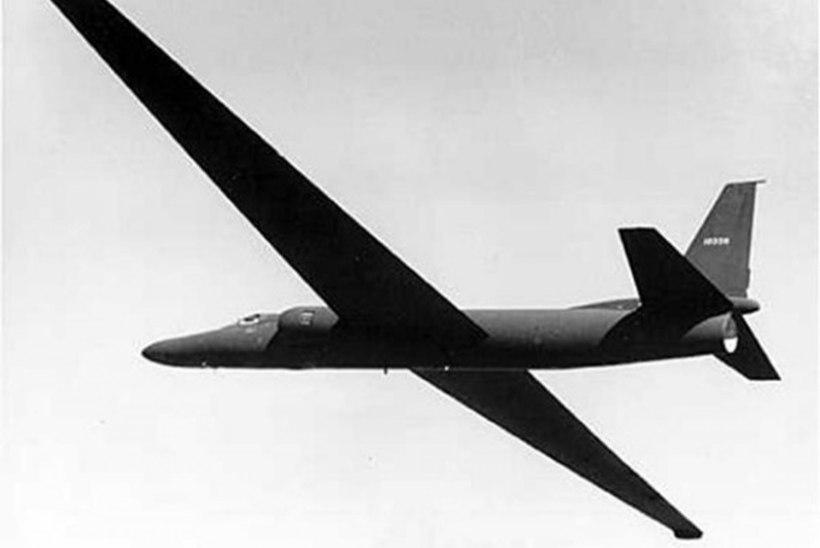 SPIOONI ERIDIEET: luurelennuki pilooti suurem ihuhäda tabada ei tohtinud