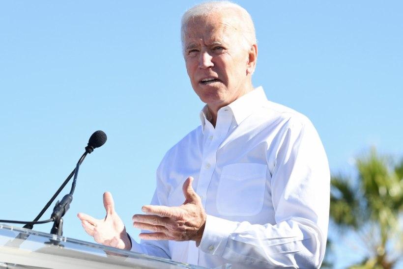 KAHTLASTE PAKKIDE SAAGA JÄTKUB: endine asepresident Joe Biden sai samuti hirmutava saadetise