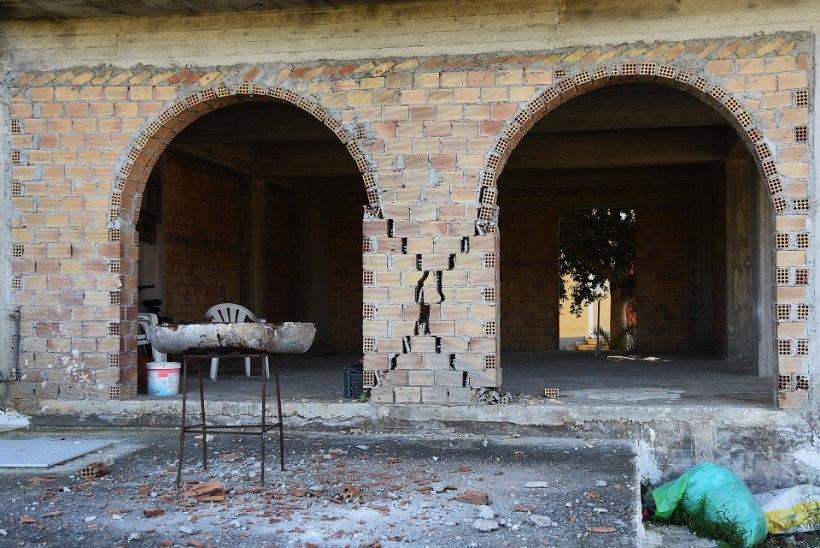 Kreeka saart raputas maavärin, kahjustada sai keskaegne klooster