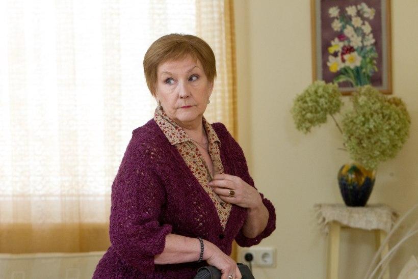 """""""ÕNNE 13"""" SUURED KÜSIMUSED: kes kellega käib ja kui vana on Alma Peterson?"""