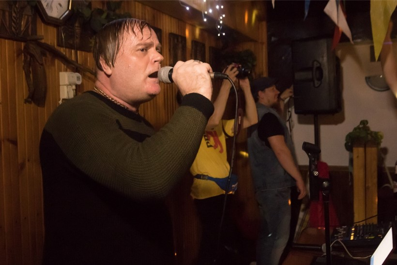 TARTU UUS FENOMEN: Popstaar Raits üllitas uue ja huvitava muusikavideo