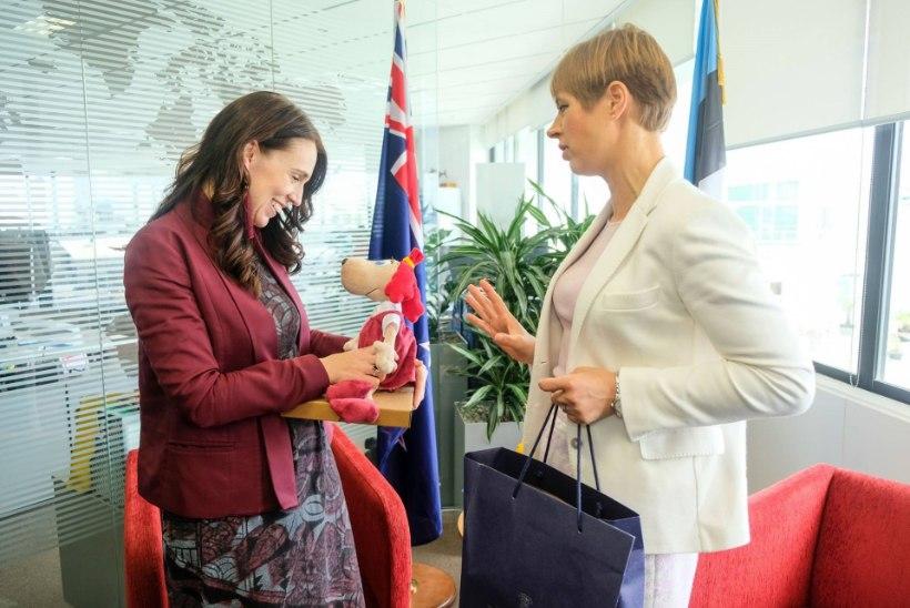 FOTOD | Kersti Kaljulaid tegi Uus-Meremaa peaministrile armsa kingituse