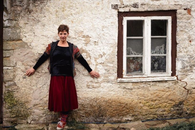 OKTOOBER PILDIS | Eesti esipaar võõrustas siniverelisi, korvpallis ja jalgpallis peeti vingeid lahinguid