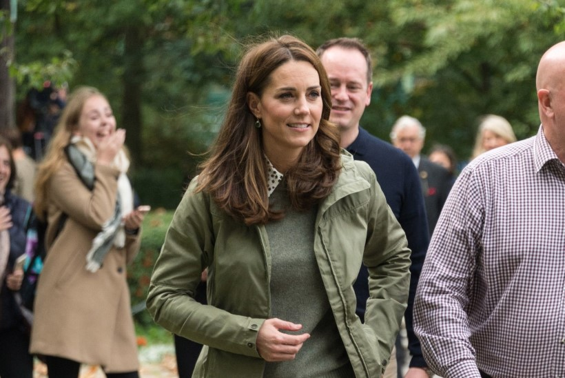 Kate Middleton astus avalikkuse ette 14 aastat vanades saabastes