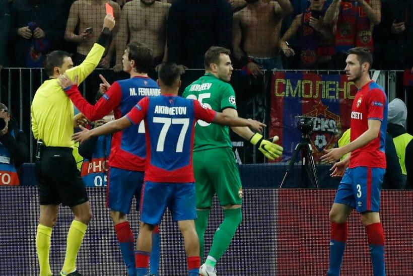 VIDEO | Moskva CSKA puurivaht sai paarisekundilise vahega kaks kollast kaarti