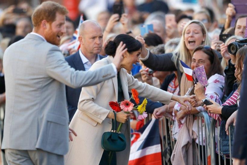 Sussexi hertsogipaar saabus esmakordselt Sussexisse!