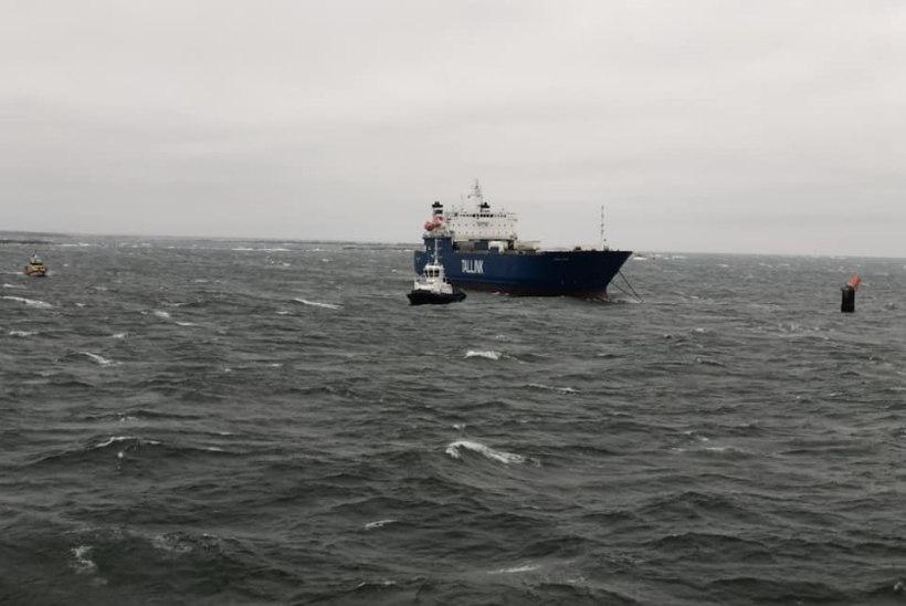 FOTOD | Tallinki laev triivis voolukatkestuse tõttu sihitult Läänemerel