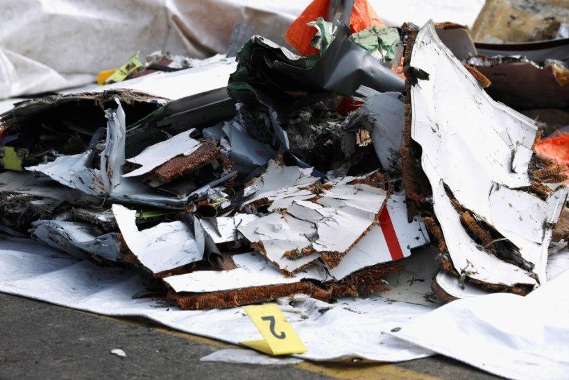 Indoneesia lennukatastroof: tuvastamisele on saadetud kümme surnukeha