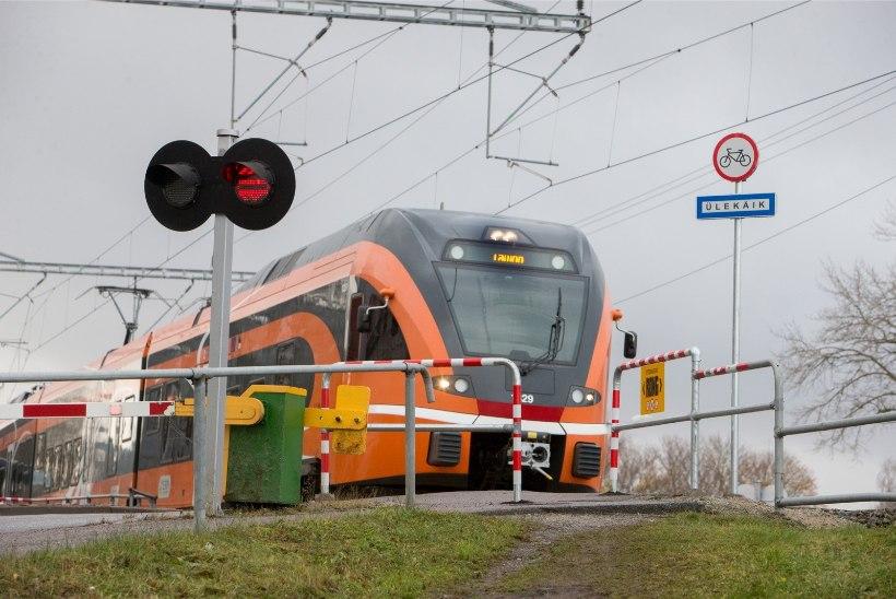 Rongiliiklus Tallinna ja Pärnu vahel katkeb: viimane rong väljub 8. detsembril