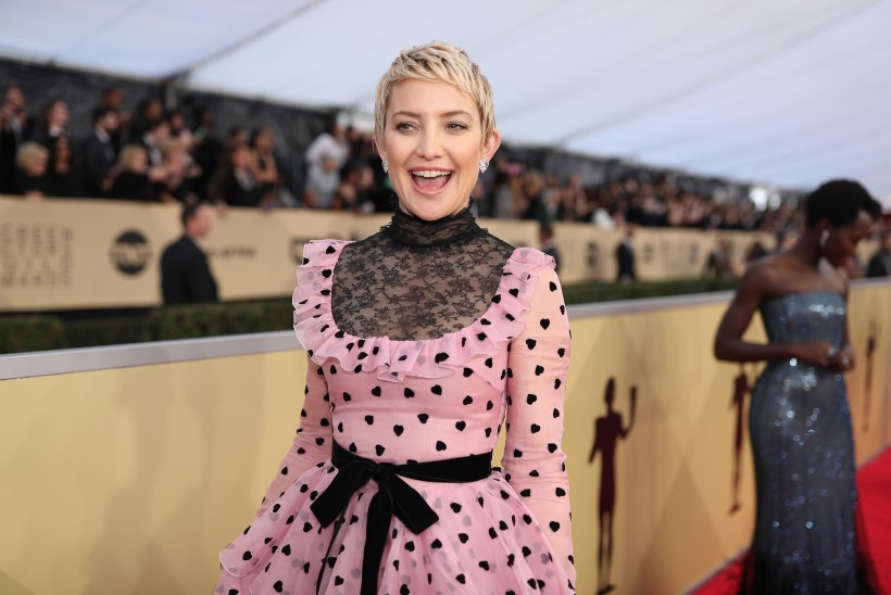 IMENUNNU! Kate Hudson esitles sotsiaalmeedias oma vastsündinud tütart