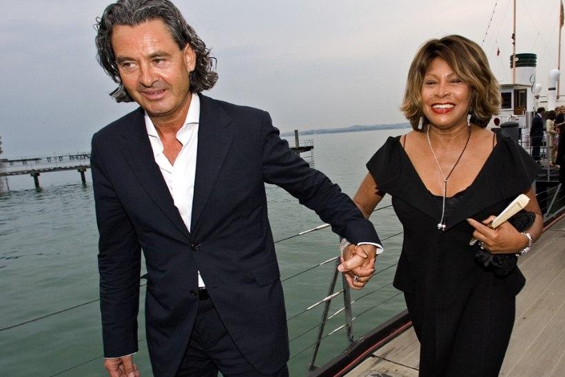 Tina Turner tunnistab, et noor abikaasa kinkis talle neeru