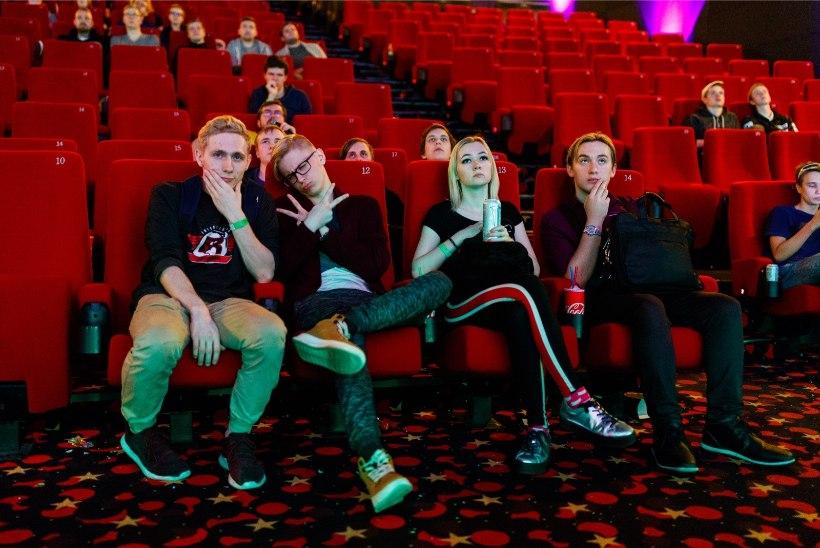 GALERII | Videomängusõbrad andsid kätele valu järjekordsel MängudeÖÖ üritusel