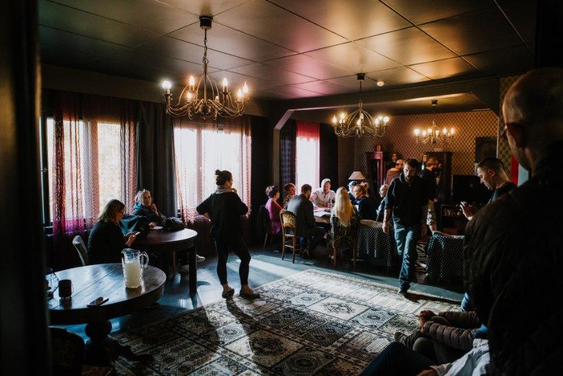 Eesti Politsei 100. sünnipäevaks vändati kolm lühifilmi peaosas Argo Aadliga