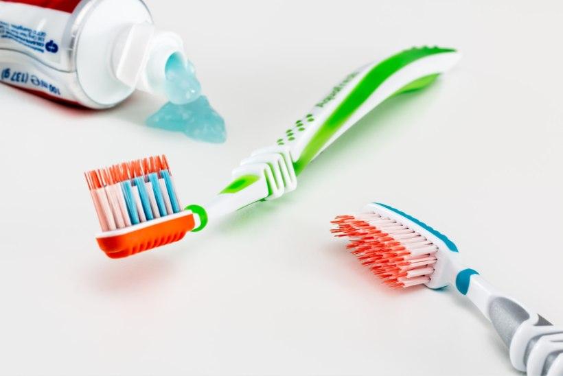 Hambaid valesti pestes võid neid pöördumatult kahjustada