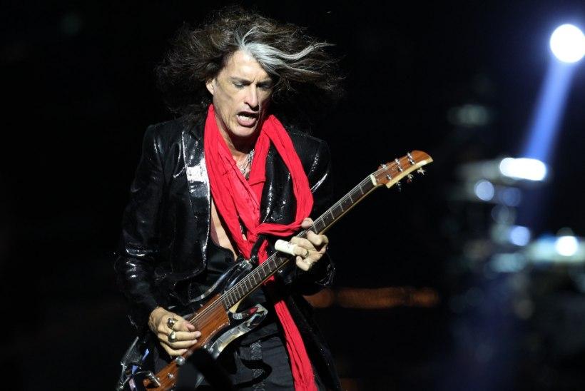 Kontserdi järel kokku varisenud Aerosmithi staar juba säutsub