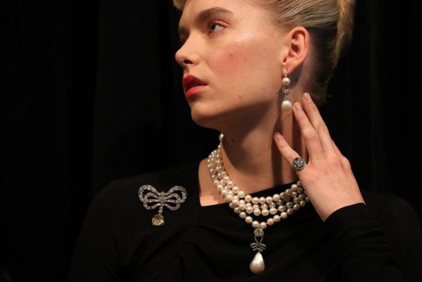 Kuninganna Marie Antoinette'i juveelid pandi oksjonile