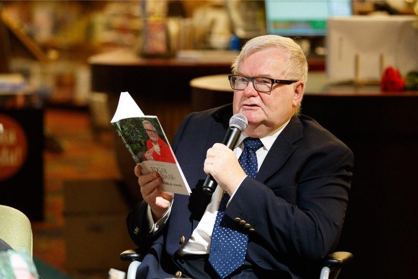 ÕL GALERII | Rõõmus Savisaar tutvustas raamatut Savisaarest. Autogrammisoovijad tuli laiali lüüa