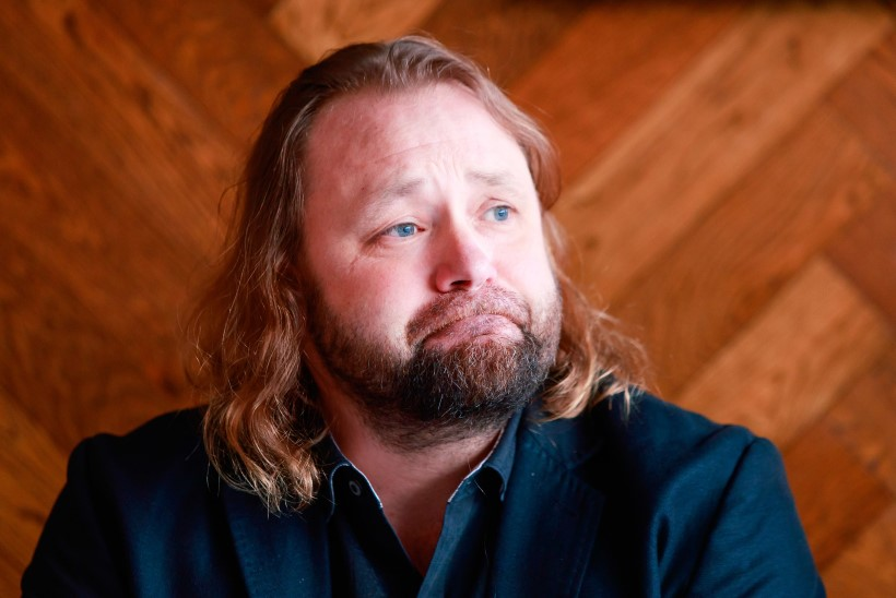 Caater: Eesti Meedia võis Nublu isiku paljastada kättemaksuks