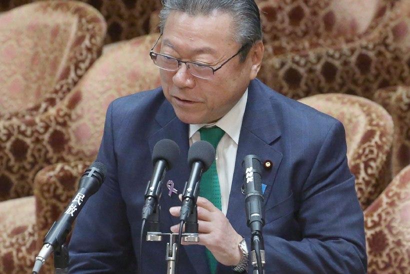 MITTE JUST SPETSIALIST: Jaapani küberturvalisuse eest vastutav minister arvutit kasutada ei oska!