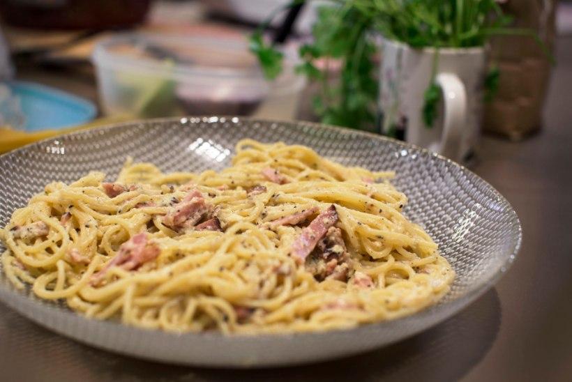 VIDEORETSEPT! Tee ise imelihtne ja algupärane pasta carbonara!