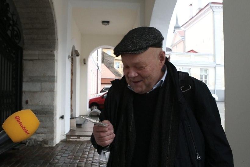 ÕL VIDEO | Helkurikontroll Toompeal: pimedas ei märkaks õieti ühtki saadikut