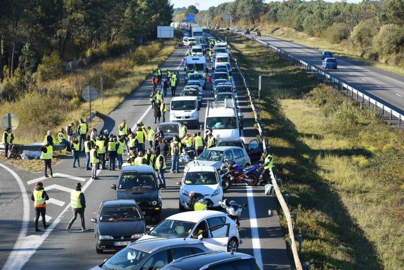 Prantsusmaa kütuseprotestides sai viga üle 400 inimese