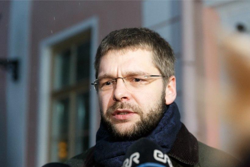 Ossinovski: kui valitsuses konsensust ei ole, peab otsuse tegema enamus, mitte häälekas vähemus