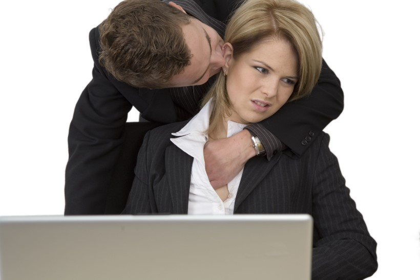Armastus töökohal või ahistamine – kuidas seda ära hoida?