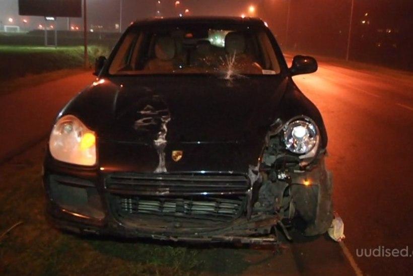 TV3 VIDEO | USKUMATU: liiklushuligaan jalutas minema, sest politseil saabus avarii kohale tund hiljem
