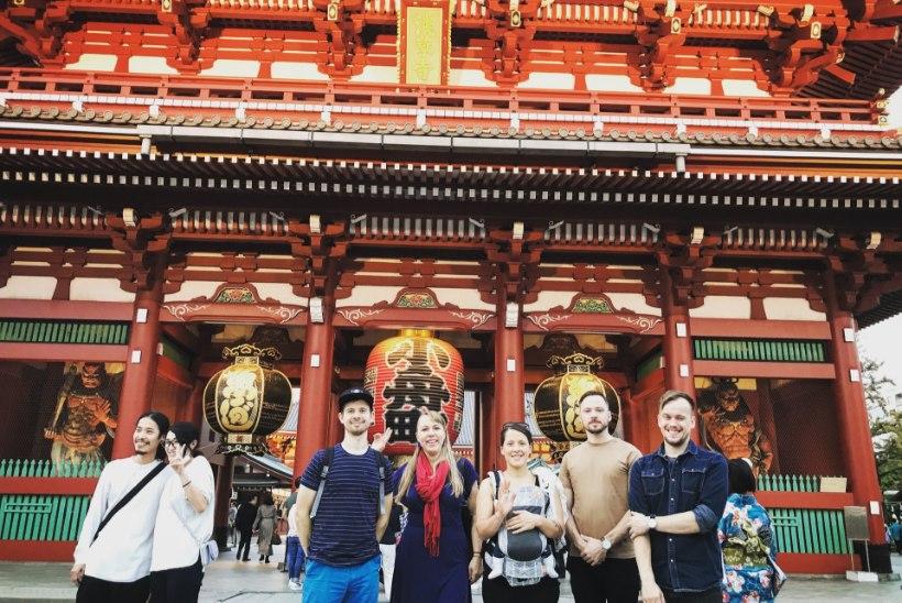 Trad.Attack! võlus Jaapanis muusikasõpru: üks fänn oli omale tellinud bändi särgi, mütsi ja plaadi
