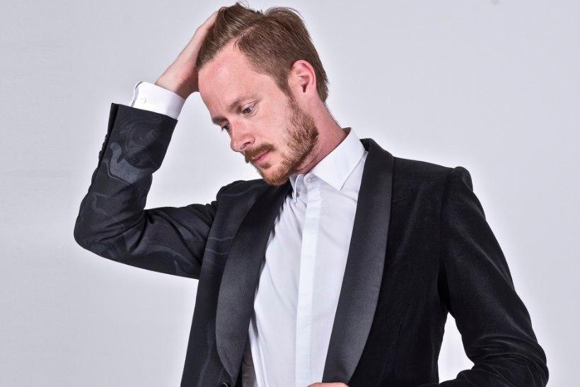 Tõeliselt šikk mees: näitleja Jaanus Tepomees avab oma riidekapi